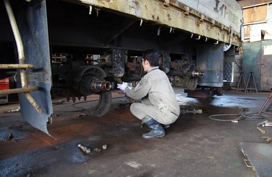 大島工場(日本海自動車工業射水支社)は富山県内でも有数の大型自動車(大型バス、大型トラックなど)の整備工場